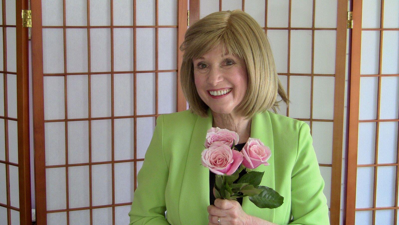 Rose Rosetree's Aura Reading TV Reviews – Rose Rosetree